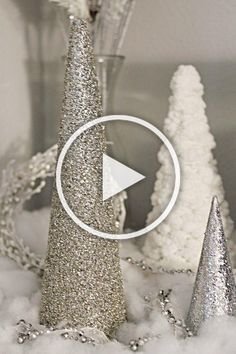 20 DIY Mini Christmas Tree Decor Ideas — Make these simple mini Christmas trees perfect to include every year with your Christmas decorations. Diy Christmas Videos, Mini Christmas Tree, Christmas Tree Decorations, Christmas Tree Inspiration, Decor Ideas, Simple, How To Make, Christmas Tree Ornaments