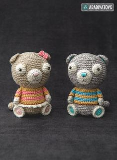 Crochet Pattern of Scottish Fold Cats Luigi and Fiona from