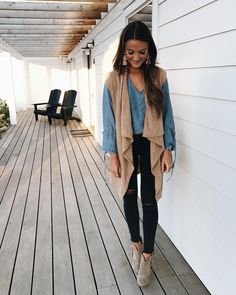 a round-up of my favorite outfits and where to shop them! lots of budget friendly fall outfits and workout clothes, plus my favorite sales of the weekend! Fall Winter Outfits, Autumn Winter Fashion, Fall Fashion, Mode Outfits, Casual Outfits, Blue Jeans, Lauren Kay Sims, Looks Style, My Style