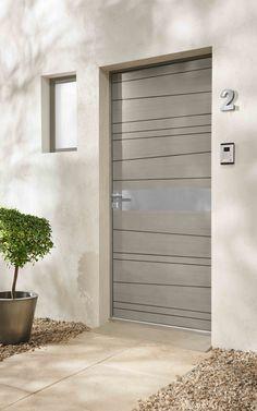 Portes contemporaines modèle VANCOUVER http://www.lapeyre.fr/menuiseries/portes-entree-contemporaines/niveau-performance-***/chene/porte-entree-vancouver-chene-haute-isolation-thermique.html