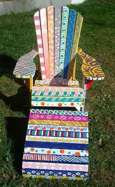 Chair painted by Freshman Foundations Art Class Student projects like this beautiful chair can turn into big-ticket items at a PTO or PTA auction.Student projects like this beautiful chair can turn into big-ticket items at a PTO or PTA auction. Funky Painted Furniture, Painted Chairs, Rustic Furniture, Chalk Paint Chairs, School Auction Projects, Class Art Projects, Classroom Projects, Collaborative Art, Auction Items