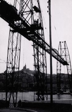 Man Ray Le Pont Transbordeur, 1936. Tirage argentique / Silver print. 8,8 × 13,9 cm. Musée Cantini, Marseille. Photo : Jean Bernard.