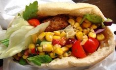 The Best New York City Food Trucks – NY Food Truck Lunch: Crisp Africa Falafel Sandwich From Crisp On Wheels « CBS New York