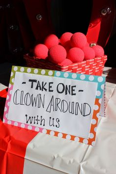 Clown noses: Circarnival Wedding Details | Vintage Circus Carnival Wedding on a Budget | Lola, Tangled Blog