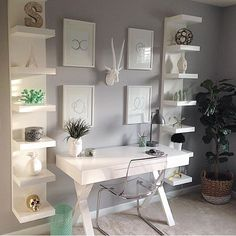 Home office inspiration Small Space Office, Home Office Space, Bedroom Office, Home Office Design, Home Office Decor, Bedroom Decor, Office Ideas, Small Office Decor, Maximize Small Space
