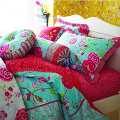 Floral Scandinavian Quilt and Cushions