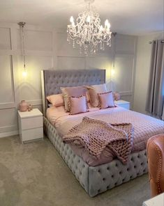 30 Teen Girl Bedroom Decor Ideas - The Wonder Cottage Bedroom Decor Grey Pink, Pink And Grey Room, Fancy Bedroom, Bedroom Decor For Teen Girls, Girl Bedroom Designs, Room Ideas Bedroom, Home Decor Bedroom, Living Room Ideas Pink And Grey, Classy Bedroom Ideas