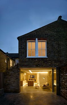 Coffey-Architects_The-Modern-Side-Extension-01_London