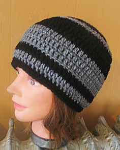 Basic Guys Beanie - Free crochet pattern by Sami Jurek. Aran weight yarn.