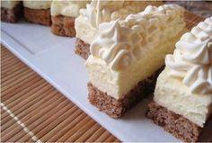 Kolač sa malo troška, sve sastojke imate u kući - Domaci Recept Czech Desserts, Sweet Desserts, Sweet Recipes, Baking Recipes, Cookie Recipes, Dessert Recipes, Kolaci I Torte, Torte Cake, Czech Recipes