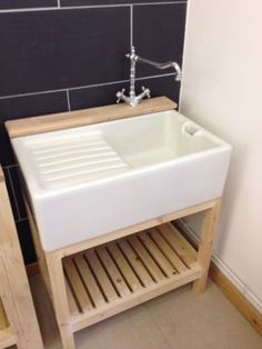Drainer Belfast Sink With Stand , Ledge & Taps Vintage & Very Rare I have a sink like this waiting to go into my kitchen. Laundry Room Sink, Laundry Room Remodel, Laundry Room Design, Laundry Area, Washroom, Belfast Sink And Drainer, Free Standing Kitchen Sink, Unfitted Kitchen, Portable Space Heater