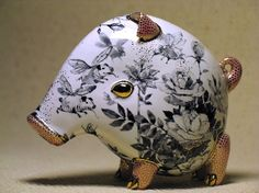 piglet - porcelain sculpture - by Ukrainian artists Anya Stasenko and Slava Leontyev