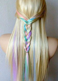 Temporary Hair Dye | hair chalking this is cool on blonde hair