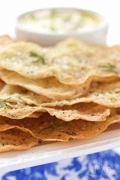 Lemon Rosemary Flatbread Crackers - thecafesucrefarine.com