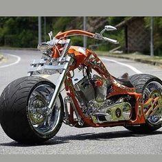 Harley-Davidson Новосибирск #Harley #Harleydavidson #cool #харлидэвидсон #харлей #новосиб #нск #весна #мотосалон #мото #moto #CVO #custom #hdnsk #красноярск #кемерово #омск #тюмень #томск #барнаул