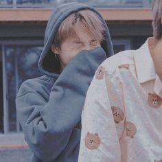 Save pic pls fl me 💜 Park Ji Min, Bts Boys, Bts Bangtan Boy, Bts Jimin, Namjoon, Taehyung, Jikook, K Pop, Mochi