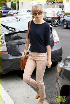 Prêt-à-Random: Taylor Swift's Style