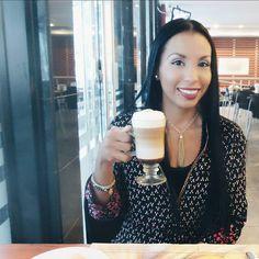 Así empezamos la mañana con un delicioso mochaccino. La bebida perfecta para estos días de lluvia. #panama #coffeetime