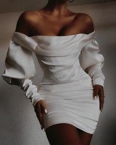 Elegant Outfit, Elegant Dresses, Pretty Dresses, Cute Casual Outfits, Chic Outfits, Casual Chic, Look Fashion, Girl Fashion, Fashion Dresses