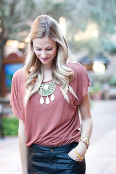 Chic Ways to Wear Statement Jewelry This Fall