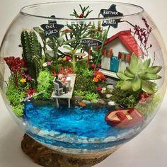 @biseylertasarim'in bu Instagram fotoğrafını gör • 432 beğenme Build A Terrarium, Mini Terrarium, Garden Terrarium, Terrarium Wedding, Small Garden Fairies, Mini Fairy Garden, Flower Fairies, Fairy Gardens, Diy Flowers