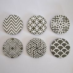 Conjunto de 6 Posavasos de cemento hechos a mano con decoración Art Deco en Blanco de MicaRicaShop en Etsy