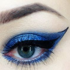blue cat eye