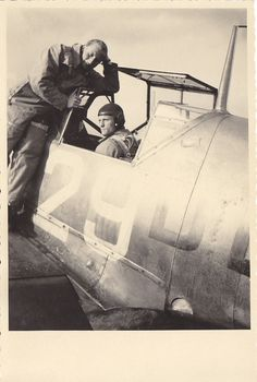 Foto Luftwaffe Flugzeug Me 109 D der 1./JFS 2 in Zerbst im September 1942 ## | eBay