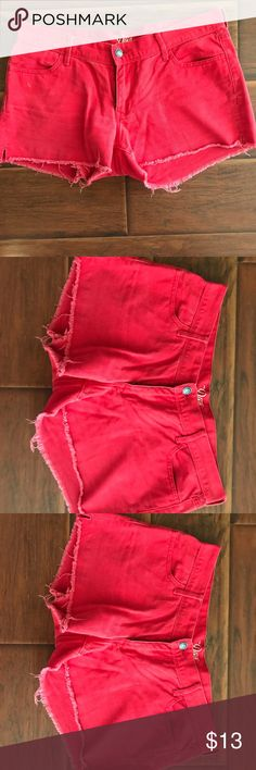 Red shorts from Old Navy Red shorts from Old Navy with frayed hem detail. Size 10 Old Navy Shorts Jean Shorts