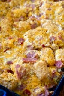 Ham and Cheese Tater Tot Casserole: Savory Sweet and Satisfying (sweet potato breakfast tater tots) Tator Tot Casserole Recipe, Ham And Cheese Casserole, Tater Tot Breakfast Casserole, Easy Casserole Recipes, Casserole Dishes, Tater Tot Recipes, Hamburger Casserole, Chicken Casserole, Tater Tot Caserole