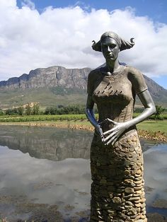 Statue at Saronberg in South Africa Outdoor Sculpture, Modern Sculpture, Sculpture Art, African Life, African Sculptures, Tomorrow Is Another Day, Wine Art, Graveyards, Rising Sun