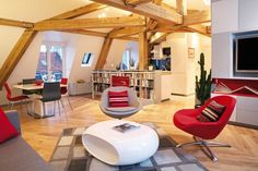 BoConcept Veneto chairs in Paris apartment