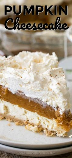No Bake Pumpkin Cheesecake is a dreamy dessert with layers of cheesecake, pumpkin and whipped topping all nestled in a graham crust. It is so creamy and delicious, it will become your new fall dessert go to! Fall Desserts, No Bake Desserts, Delicious Desserts, Dessert Recipes, Thanksgiving Desserts, Thanksgiving 2020, Healthy Desserts, Yummy Food, Baked Pumpkin