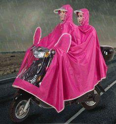 jas hujan yang sangat cocok berkendara bersama dengan pasangan anda, sesuai bagi anda yang punya mobilitas tinggi ... sewaktu kondisi…