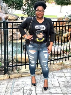 Shop the Look from thebrispot on ShopStyleCute simple way to dress up a graphic tee! Layer it with a blazer, pick out. Work Fashion, Cute Fashion, Fashion Outfits, Fashion Pics, Cheap Fashion, Fashion Clothes, Fashion Women, Fashion Trends, Fall Outfits