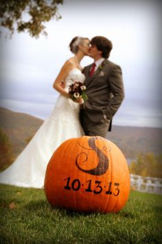 Wedding Pics, Our Wedding, Dream Wedding, Wedding Photoshoot, Wedding Dreams, Party Wedding, Wedding Events, Wedding Stuff, Sunflower Wedding Decorations