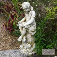 Daphne statue - stone effect