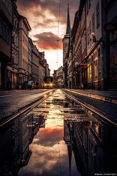 © Blende, Christian Egner, Abendliches Wetterschauspiel                                                                                                                                                                                 More