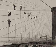 Painting the Brooklyn Bridge in 1914.