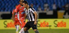 BotafogoDePrimeira: Ele parou e voltou a jogar a pedido do filho. Agor...