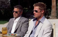 Danny Ocean and Rusty Ryan-Oceans Eleven. George Clooney and Brad Pitt Ok, is this the ultimate duo or what! George Clooney, I Movie, Movie Stars, Ocean's Movies, Movie Scene, Thelma Y Louise, Her Wallpaper, Ocean's Eleven, Jean Dujardin