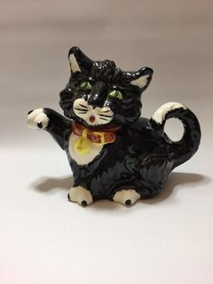 Price Kensington Black And WHite  cat teapot Rare in Collectables, Decorative Ornaments/Plates, Collector Teapots | eBay!