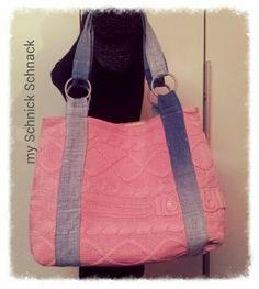 Upcycling pink sweater turns into a bag / aus einem Pulli, ein Weekender / z sweterka duza Torba