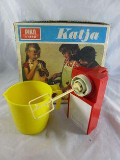 PIKO Küchengerät Handrührgerät Handmixer + Becher Katja OVP
