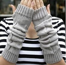 fashion The winter dew and tide refers to long arm sleeve Hemp flowers knitting wool gloves half finger  fingerless gloves girl