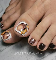 2019 is the most worthy of the exquisite nail art idea - Page 52 of 114 - Inspiration Diary Pretty Toe Nails, Cute Toe Nails, Hot Nails, Pretty Toes, Toe Nail Art, Hair And Nails, Acrylic Nails, Toe Nail Designs, Fall Nail Designs