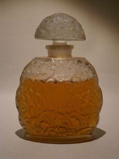 KOBAKO BOURJOIS PARFUM FLACON ANCIEN PERFUME BOTTLE RARE OLD VINTAGE 8.5 CM