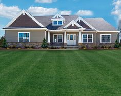 Craftsman style ranch floor plan by Ohio custom home builder Wayne Homes Craftsman Ranch, Craftsman Exterior, Craftsman Style Homes, Ranch Style Homes, Garage Exterior, Ranch Homes Exterior, Garage Roof, House Siding, House Paint Exterior