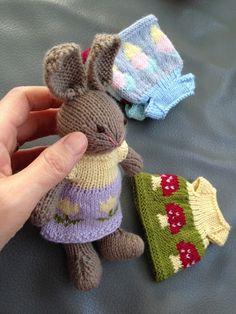 Littlehanny: Woll-Häschen warten auf den Frühling. (Wool Bunnie...