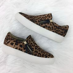 e4b0229ad40 These leopard sneaks are 💣💣! -  50 . . .  leopardprint  sneakers  sotd   musthave  apricotlanedesmoines  shopaldm  apricotlaneboutique  alb   shoeaddict   ...